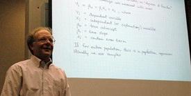 Econ 385 professor and screen